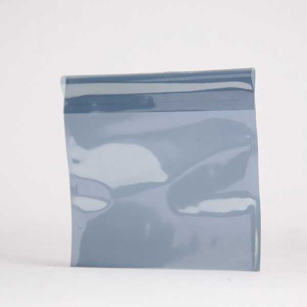 Colored translucent pouch 165X165