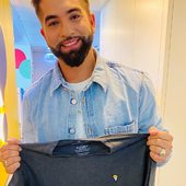 WE LOVE IT!! Les boîtes by Centurybox for @bshirtrocks#kendjigirac #boiteaimantee #custompackaging