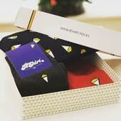 🇧🇪🎁🇧🇪Découvrez les jolies boîtes d'expédition utilisées par @bshirtrocks que nous avons développées 😍😍🇧🇪🎁🇧🇪Rien que pour vous, recevez une réduction de 20% sur votre commande effectuée dans la boutique en ligne de @bshirtrocks en utilisant le code promo CENTURY20 ( valable jusqu'au 31 decembre 2020).Contactez nous pour développer votre propre packaging sur mesure!#belgianbrand #belgianbrand #packagingdesign #shippingbox #shippingboxes #customsock #ikkoopbelgisch #jachetebelge